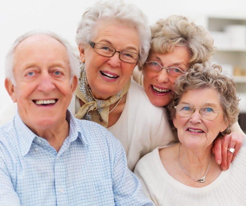 Простые смертные в 80 лет – уже дряхлые старики