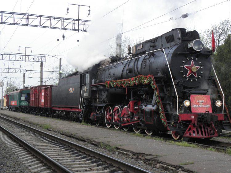 Сталин боялся самолетов и ездил только поездами