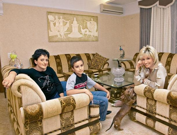 Ирина Александровна с дочерью и внуком