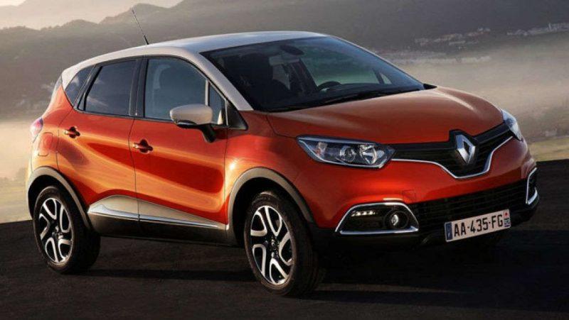 Renault Captur SUV на трассе