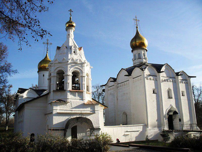 Введенская и Пятницкая церкви