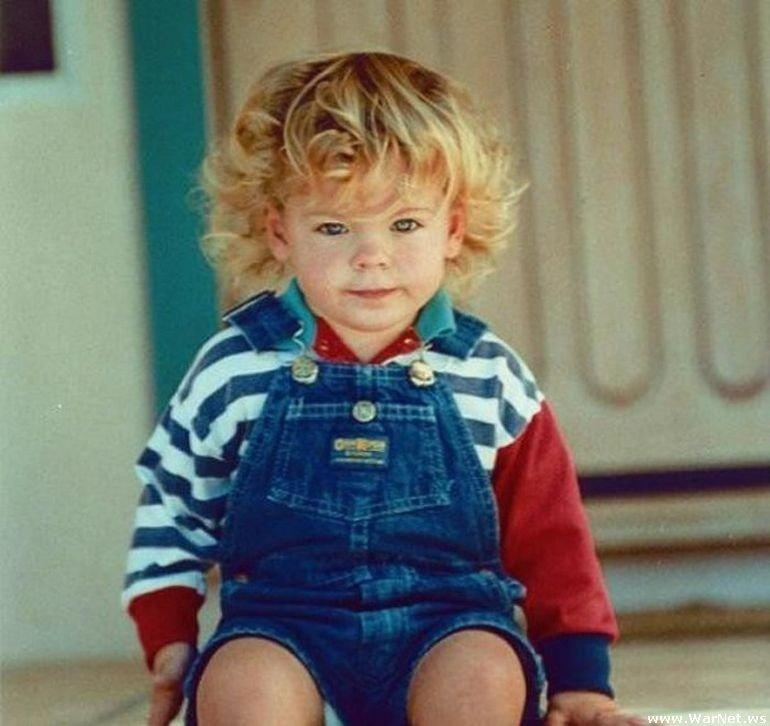 Детское фото Зака Эфрона