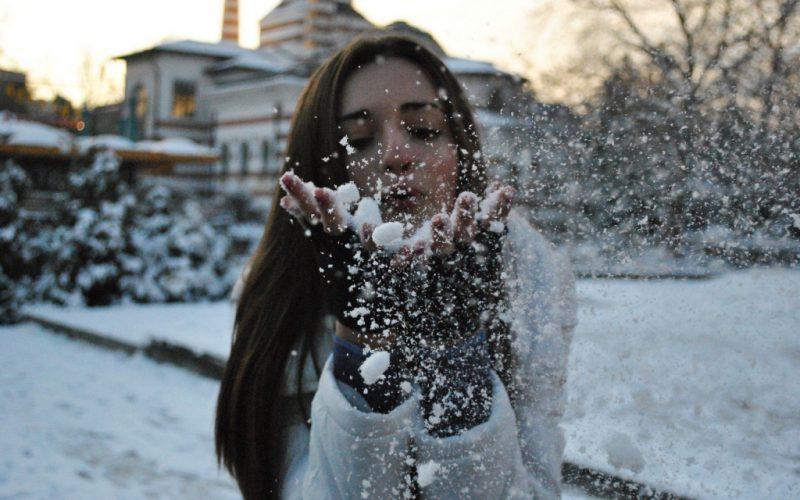 девушке приснился снег