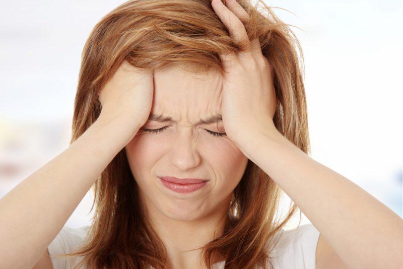 Какими болезнями обусловлена вторичная головная боль?