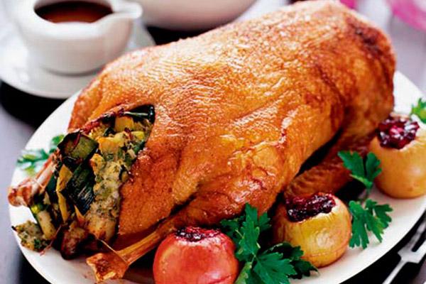 Если мясо готовиться правильно, оно получается нежным и розовым с превосходным ароматом.