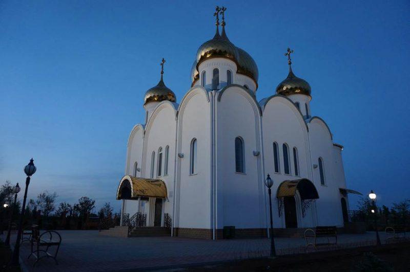 приснилась церковь снаружи