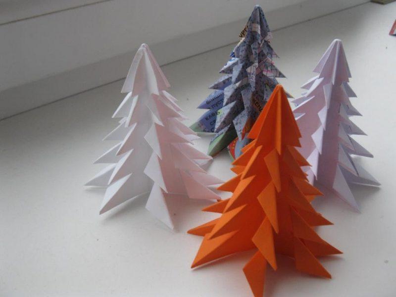 Так выглядит бумажная елка, которую сконструировал ребенок.