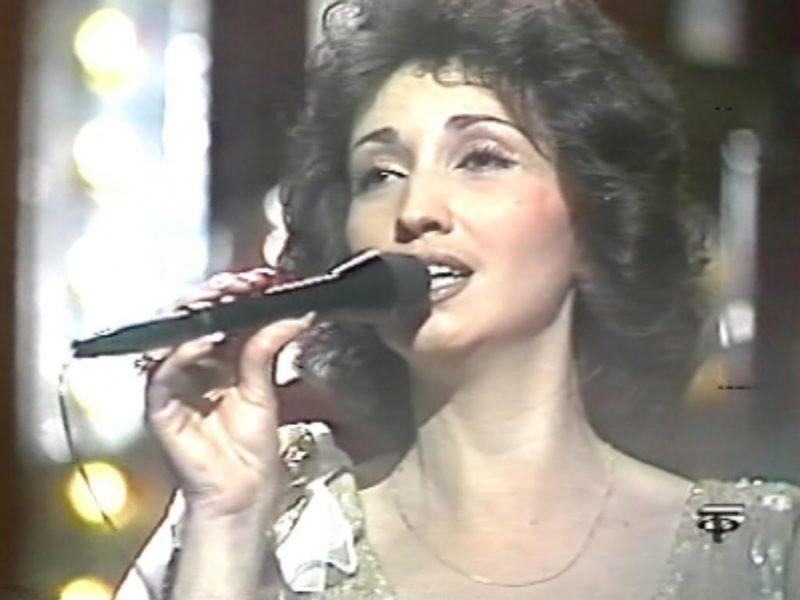 Юная Ирина Аллегрова