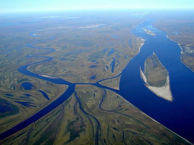 Сколько рек в России