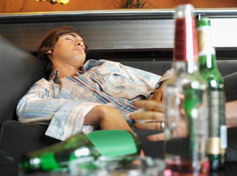 Сколько времени алкоголь «живет» в моче?