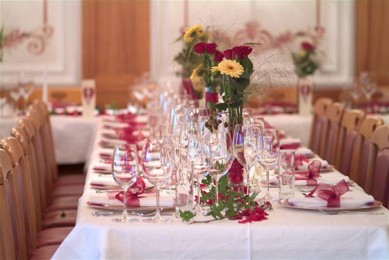 Как лучше всего отпраздновать гранатовую годовщину свадьбы?