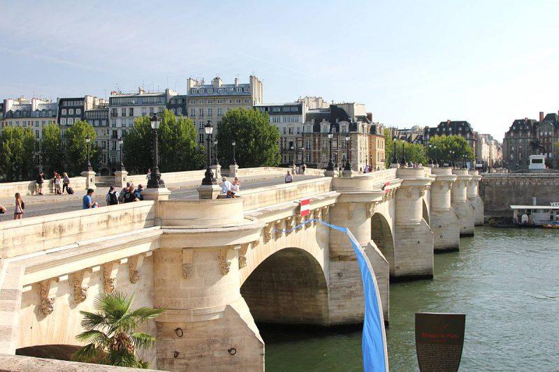 Мост Пон-Неф