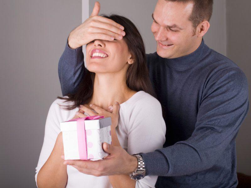 романтический подарок для жены