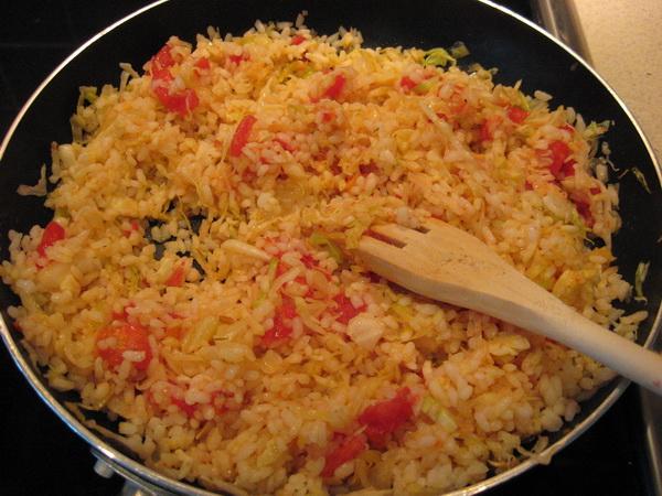 Рис на сковороде