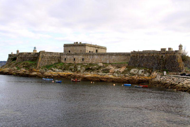 Замок Сан-Антон в Ла-Корунье