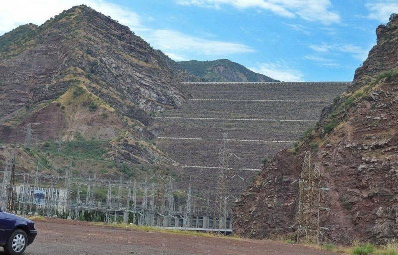 Плотина Нурекской ГЭС