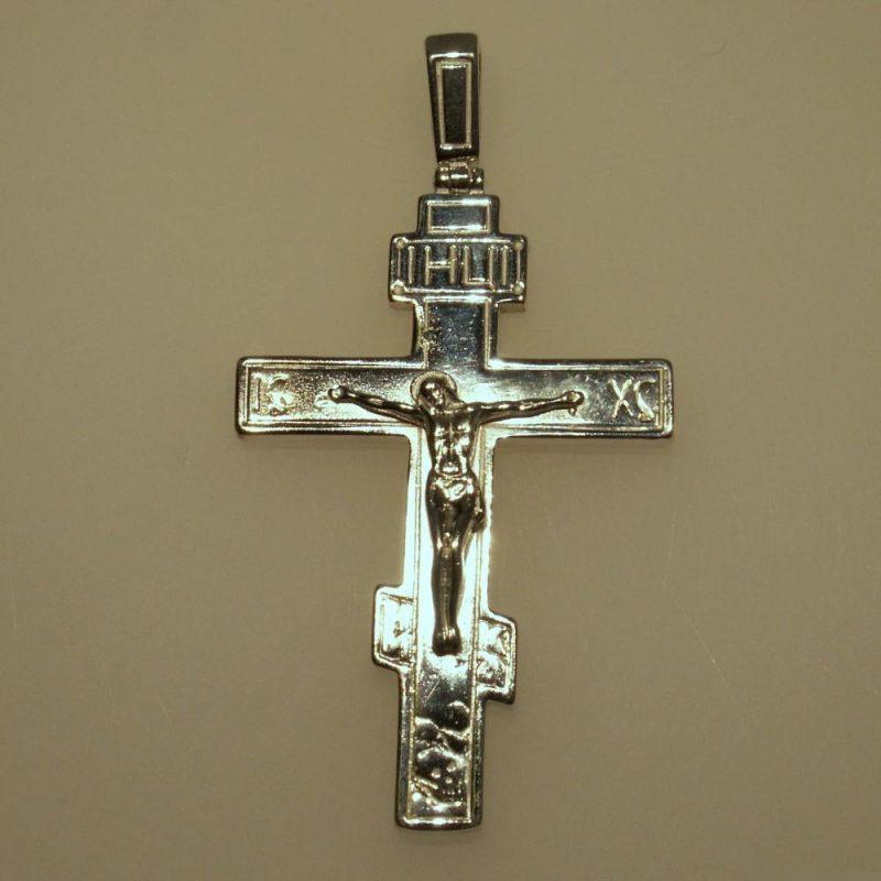 из-за чего чернеет крестик
