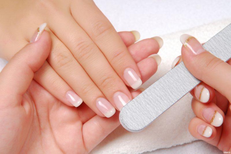Как снять нарощенные ногти в домашних условиях?