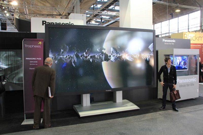Panasonic TH-152UX1W