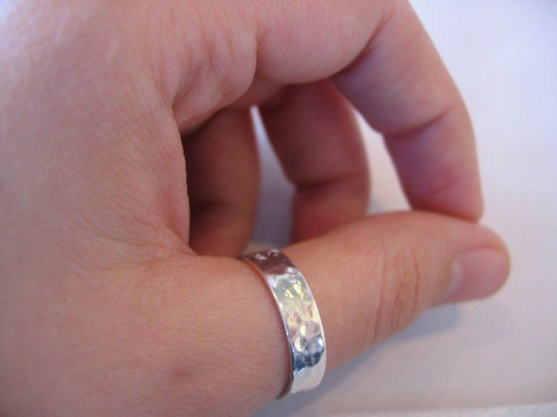 Как узнать размер кольца тайно