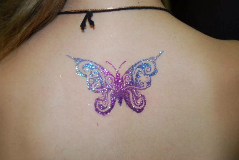 Как сделать тату в домашних условиях?