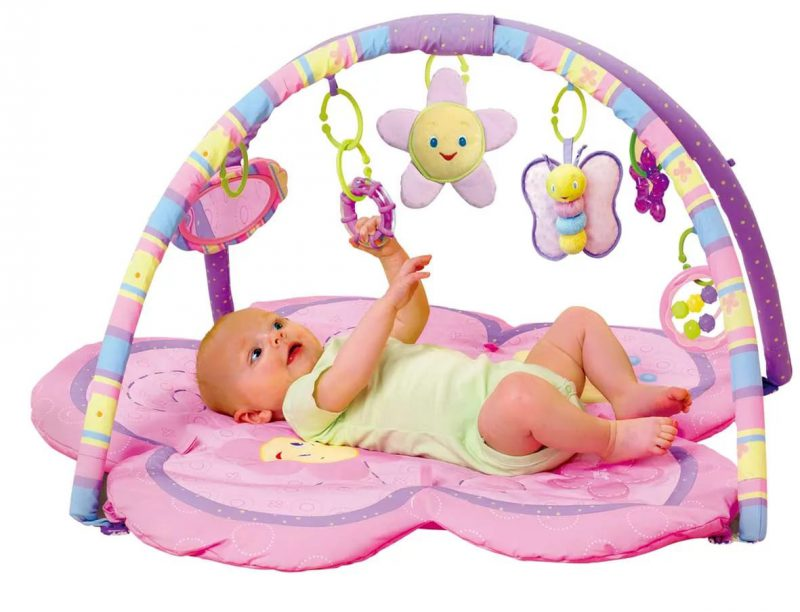 Игрушки для новорожденной девочки