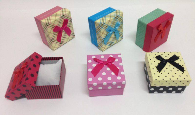 korobka-111-800x475 Как сделать коробку из бумаги своими руками, с крышкой, оригами, без клея
