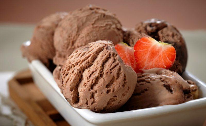 Стоит ли готовить мороженое дома?