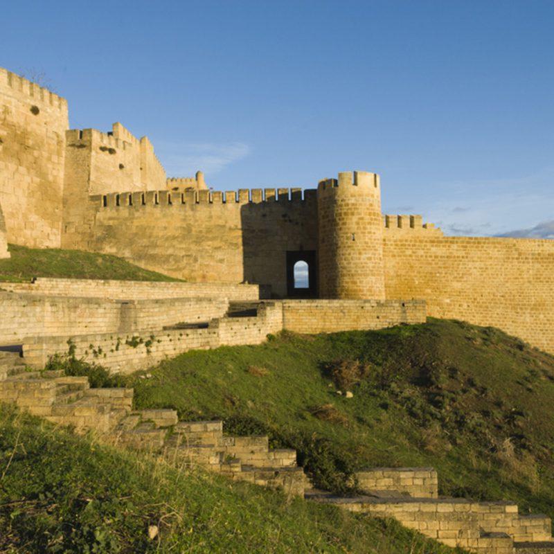 Средневековые стены Дербента