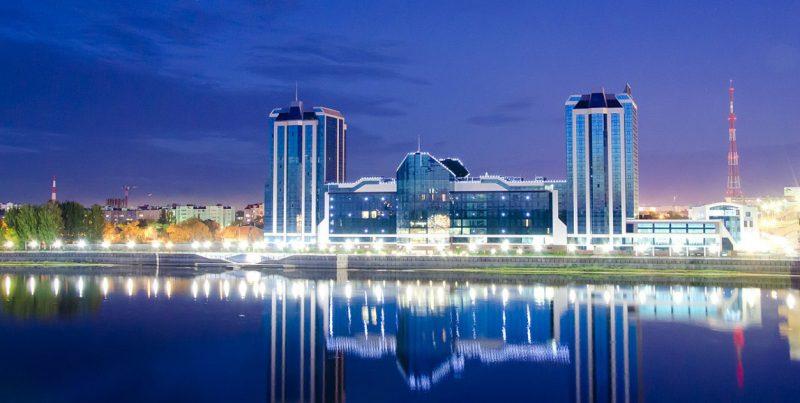 Вид ночной Астрахани