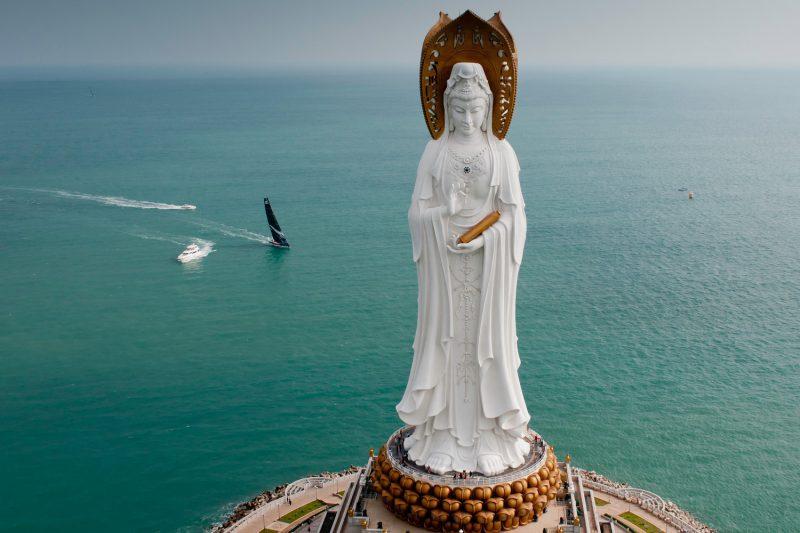 Богиня Гуаньинь в Санье