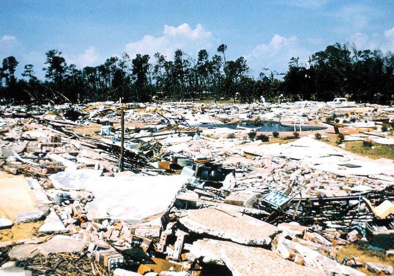 Последствия урагана Камилла