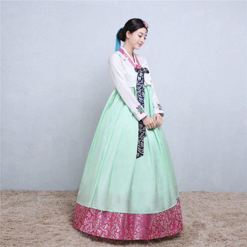 Свадебное платье кореянки