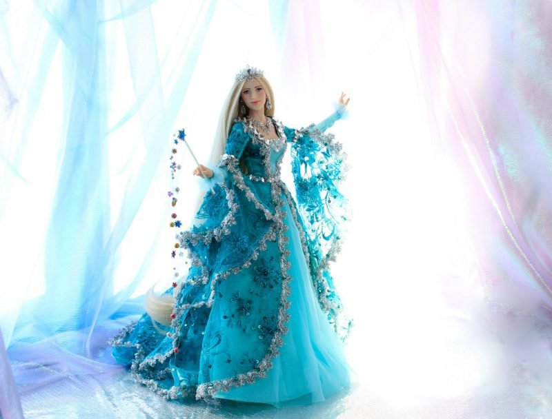 Зимняя красавица от Ларисы Исаевой