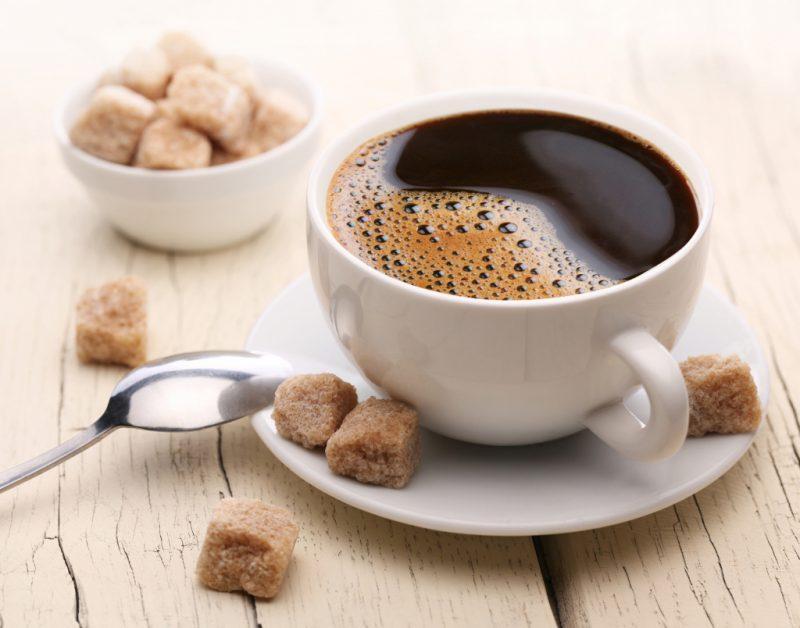 Вкусный кофе в чашке
