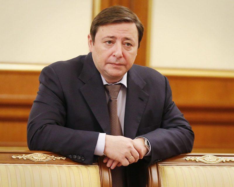 Александр Хлопонин - самый богатый и успешный министр