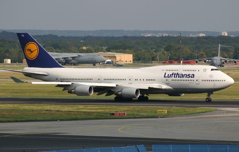 Boeing 747-430 Custom