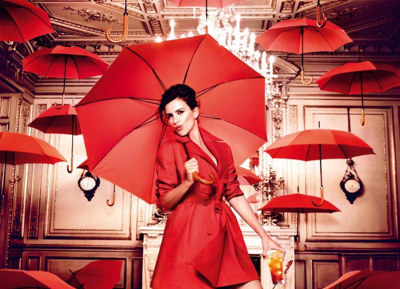 Зонтик в помещении