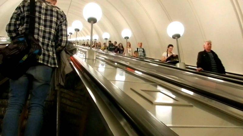 Самый длинный эскалатор в Москве