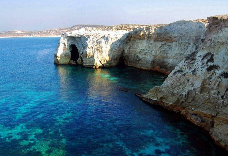 Эгейское море скалы
