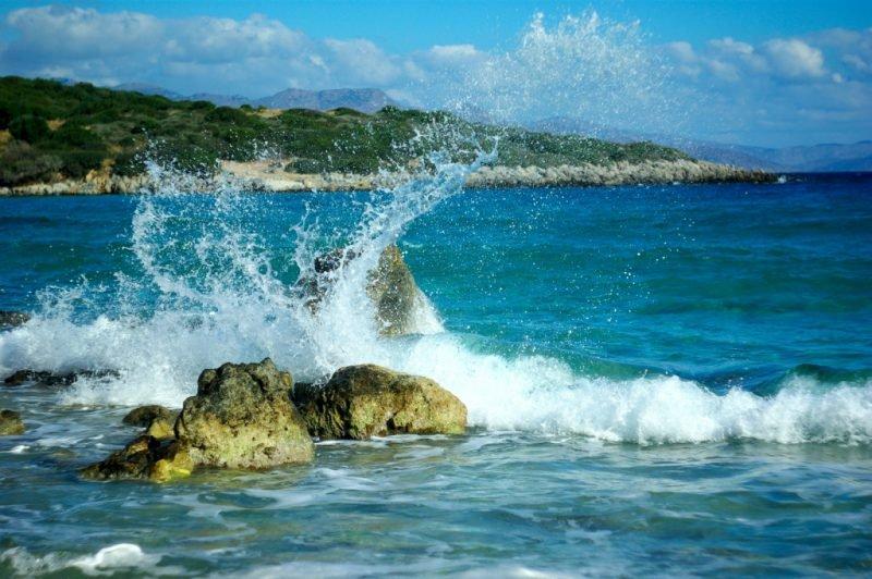 Эгейское море прибой