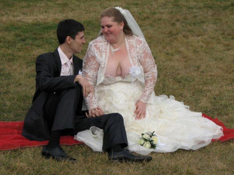 свадьба декольте