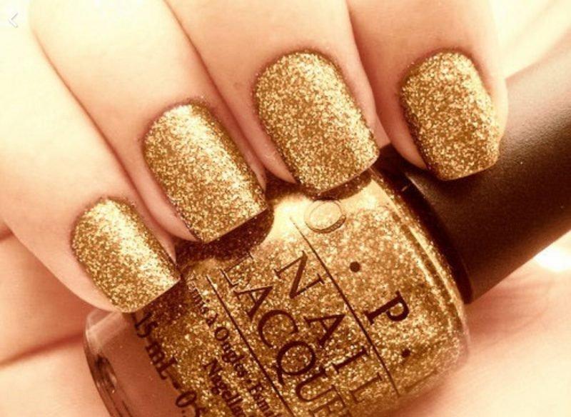 Красивые ногти. Позолота.