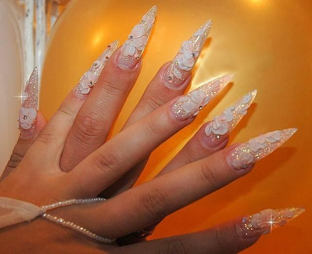 Красивые ногти. Свадебный объемный декор.