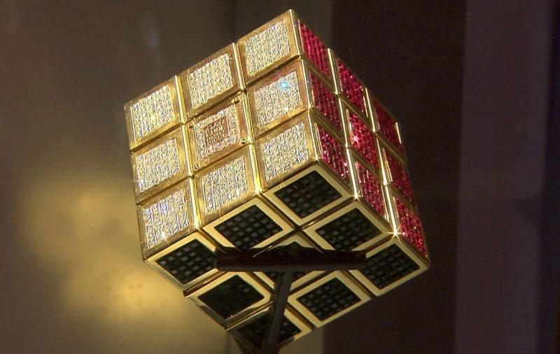 Самый дорогой кубик Рубика в мире