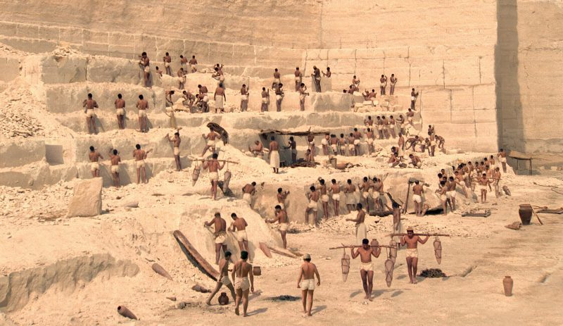 строительство пирамид