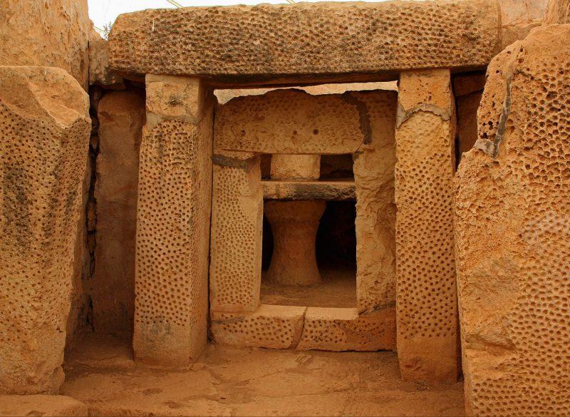 Мегалитические храмы