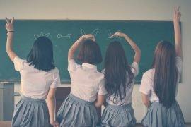 Как выбрать школьную форму для девочки: руководство для родителей