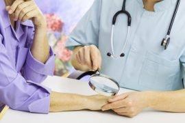 Что такое псориаз: причины, симптомы и лечение заболевания