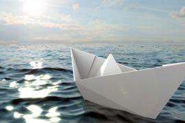 Как сделать бумажный кораблик пошагово
